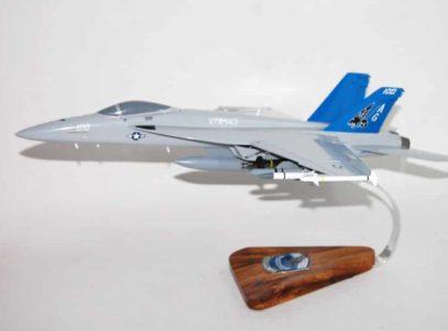 VFA-143 Pukin Dogs F/A-18E Model