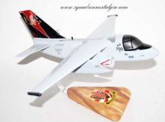VS-21 Fighting Redtails S-3b 700 model