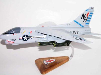 VA-22 Fighting Redcocks A-7 (1982) Model