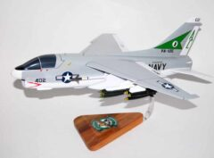 VA-105 Gunslingers A-7e (1980) Corsair II Model