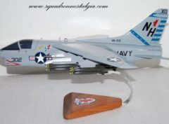 VA-22 Fighting Redcocks A-7 (1982) Model