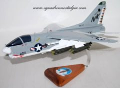 VA-27 Royal Maces A-7e  (1979) Model