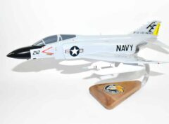 VF-33 Tarsiers (1968) F-4J Model