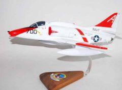 VT-7 Eagles TA-4E (1990) Model
