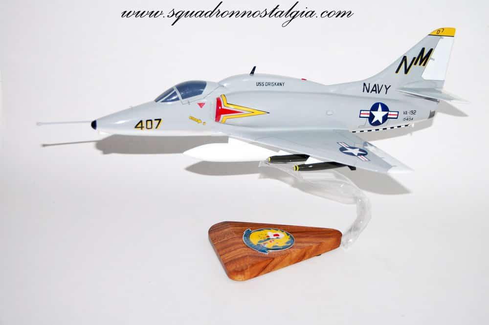 VA-192 Golden Dragons A-4F (1969) Model
