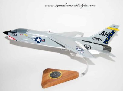 VF-162 Hunters F-8E Crusader Model