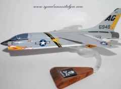 VF-84 Jolly Rogers F-8C (1962) Model