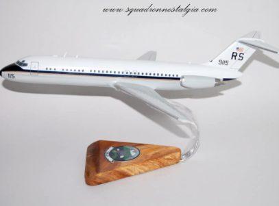 VR-61 Islanders C-9 Skytrain Model