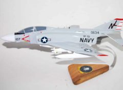 VF-151 Vigilantes F-4b (1965) Model