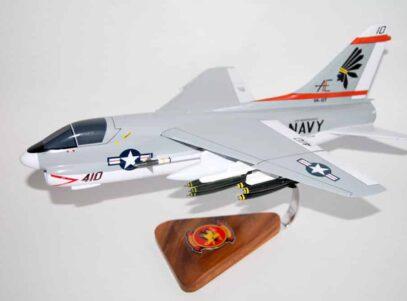 VA-87 Golden Warriors A-7e (1980) Model