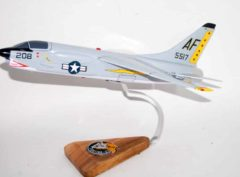 VF-33 Tarsiers F-8 Crusader Model