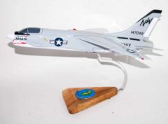 VSF-86 Gators F-8 Crusader Model