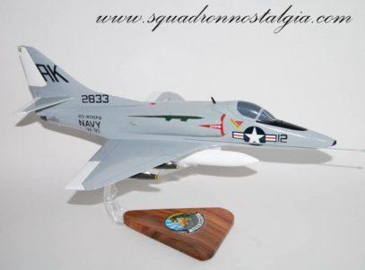 VA-95 Green Lizards A-4B Model