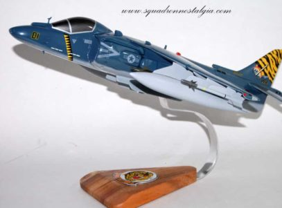 VMA-542 Tigers AV-8b Model