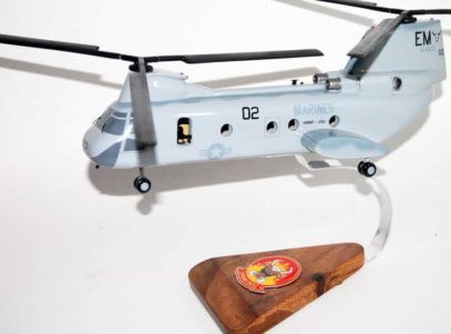 HMM-261 Raging Bulls CH-46 Model