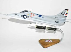 VA-172 Blue Bolts A-4C (1970) Model