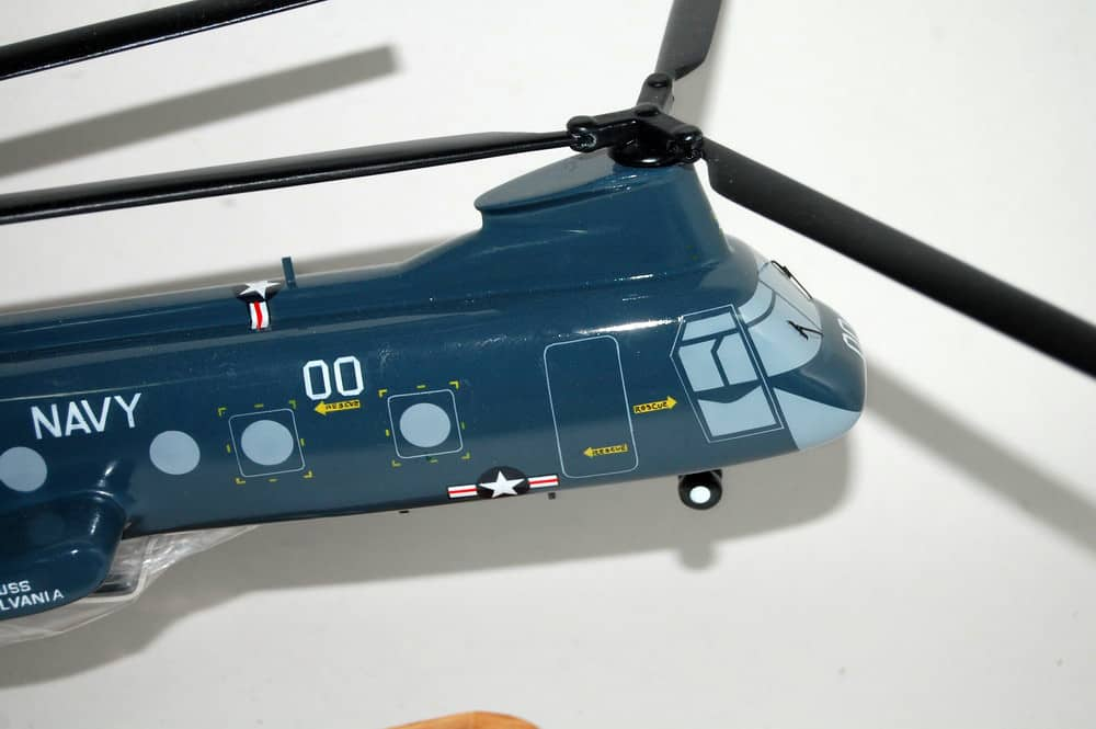 helo tc helicopter with Hc 6 Chargers H 46 Model on Russc bell likewise Nuevos Articulos Tecnologicos besides Black Hawk Helicopter also Watch moreover The Modular Lego Store Built With Lego Bricks.