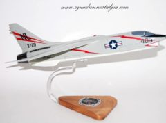 VF-154 Black Knights F-8 Crusader Model