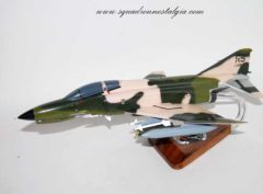 512th Fighter Squadron Dragons F-4E Model