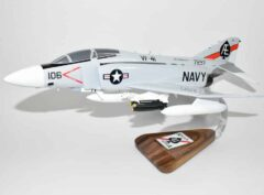 VF-41 Black Aces 1971 F-4j Model