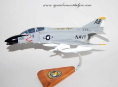 VF-32 Fighting Swordsmen F-4b Model