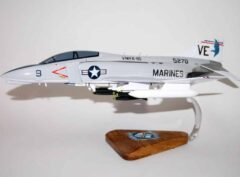 VMFA-115 Silver Eagles F-4J Model