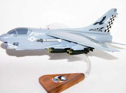 VA-72 Blue Hawks A-7e (1990) Model