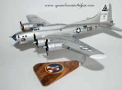 323d Bomb Squadron 'Ole Battle Axe' B-17 Model