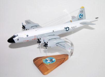 VP-4 Skinny Dragons P-3b (153433) Model