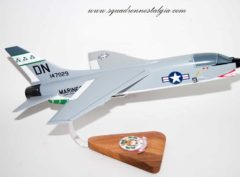 VMFA-333 Fighting Shamrocks F-8 Model
