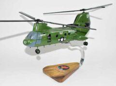 HMM-265 Dragons CH-46 (162) Model