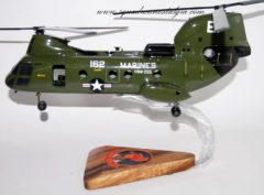 HMM-265 Dragons CH-46 (162) Model