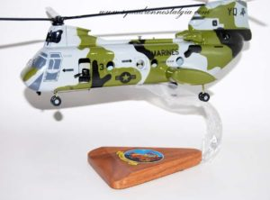 HMM-268 Red Dragons CH-46 model