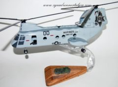 HMMT-164 Knightriders (00) CH-46 Model