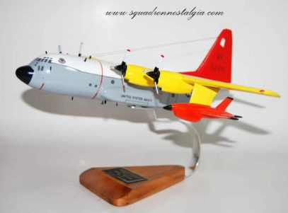 VC-3 DC-130 Model w/Firebee drones