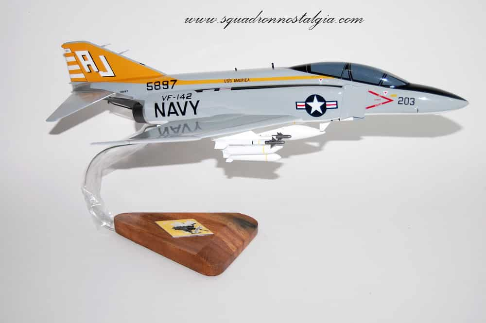 VF-142 Ghostriders F-4J (USS America) Model