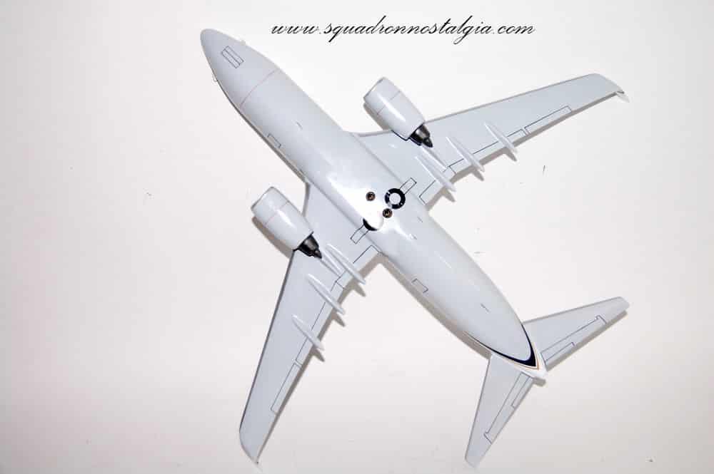 VR-56 Globemasters C-40 Clipper Model