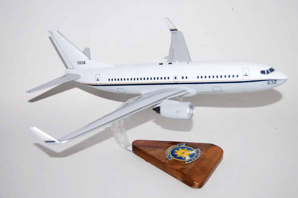 VR-58 Sunseekers C-40 Clipper Wooden Model