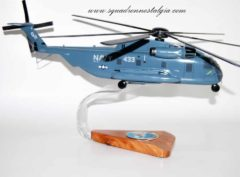 HM-12 Sea Dragon RH-53D Model