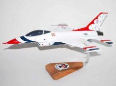 Thunderbirds F-16 Model