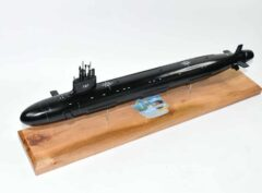 USS Washington (SSN-787) Submarine Model