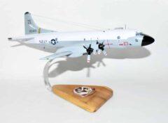 VP-17 White Lightnings P-3b (153455) Model