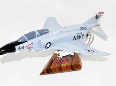 VF-114 Aardvarks F-4b (1964) Model