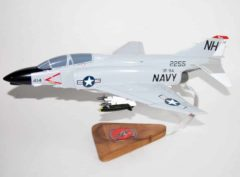 VF-114 Aardvarks F-4b (1964) Model
