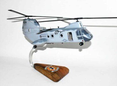 HMM-264 Black Knights CH-46 Model