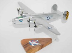 493rd Bomb Squadron 7th Bomb Group B-24J Model