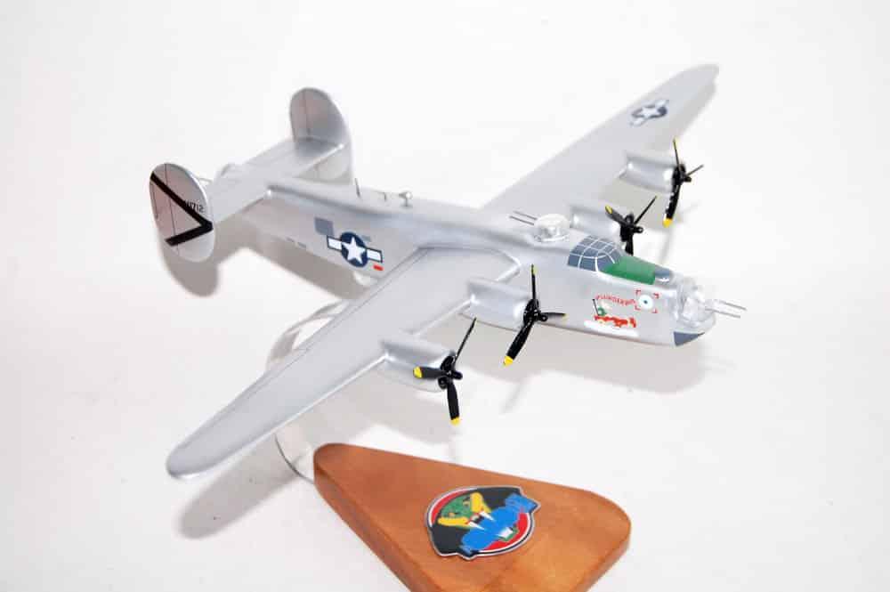 864th Bomb Squadron 494th Bomb Group B-24J Model