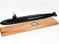 USS Henry Jackson SSBN-730 Submarine Model (Black Hull)