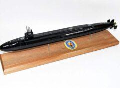 USS Louisiana SSBN-743 Submarine Model (Black Hull)