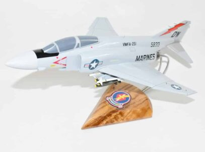 VMFA-251 THUNDERBOLTS (1984) F-4J Model